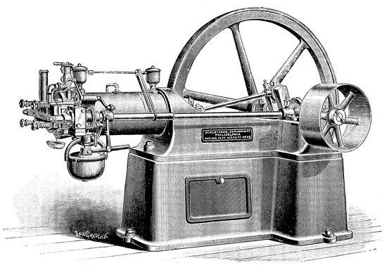 первый поршневой четырехтактный двигатель