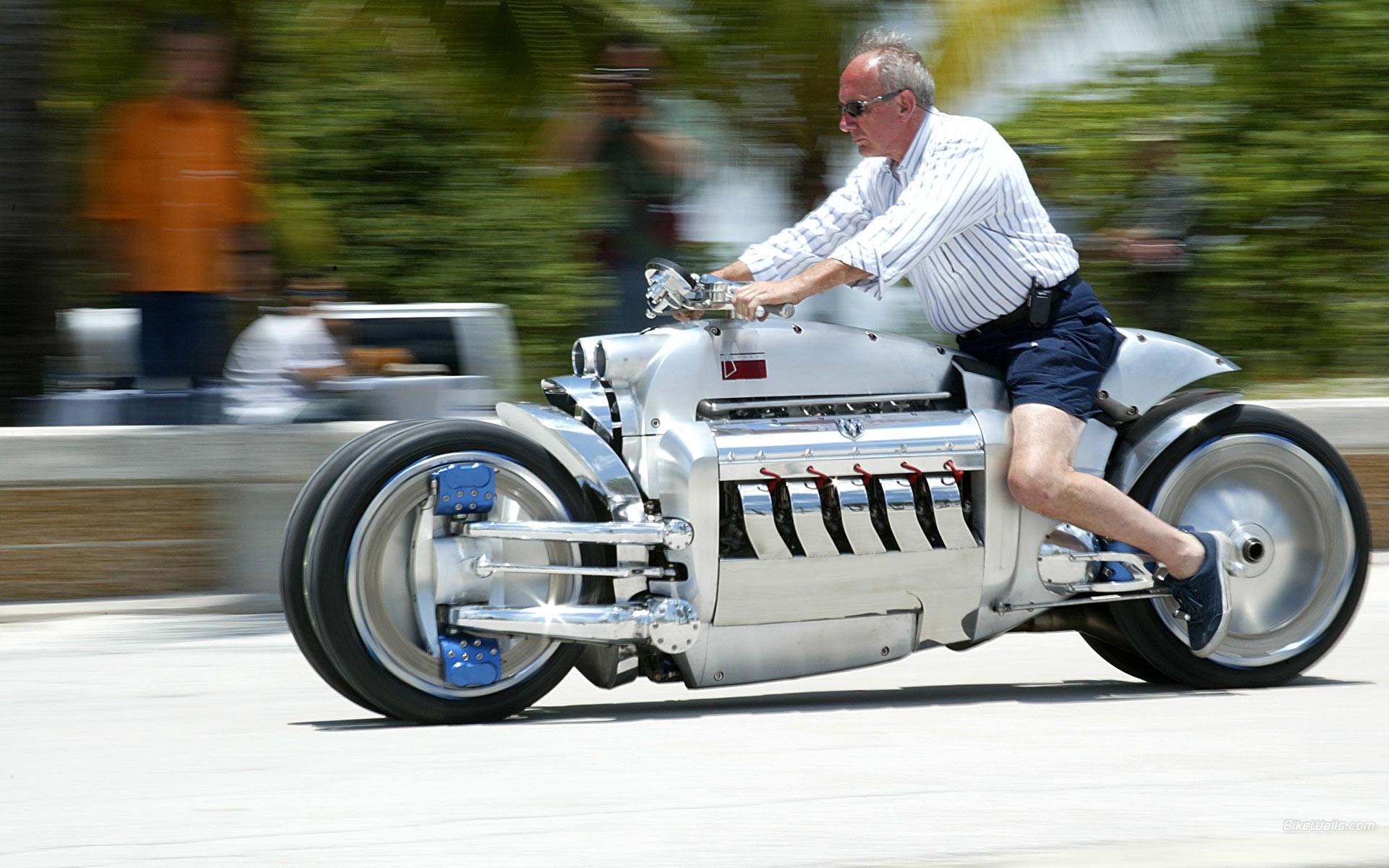 Самые крутые мотоциклы - Dodge Tomahawk