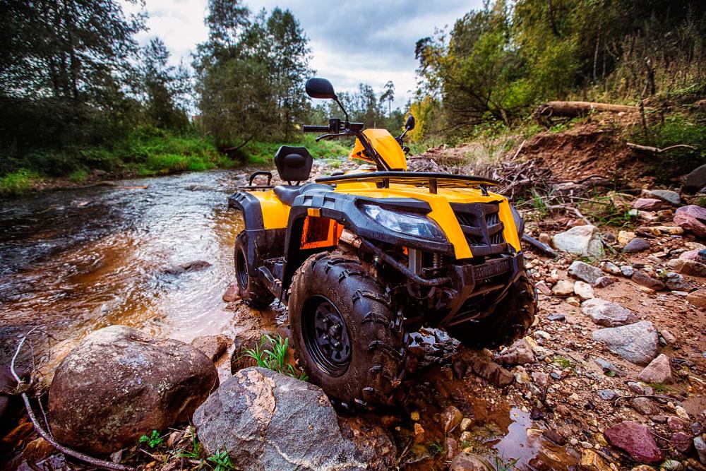 Квадроцикл Рысь 500 в грязи