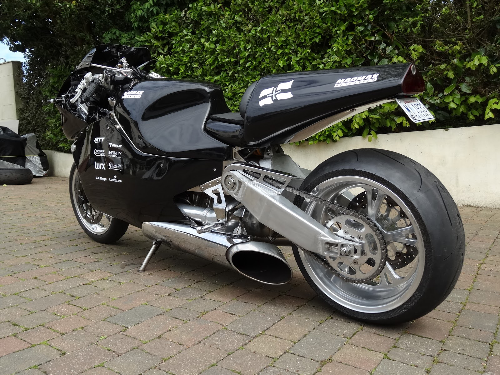 Самые крутые мотоциклы MTT Turbine Superbike