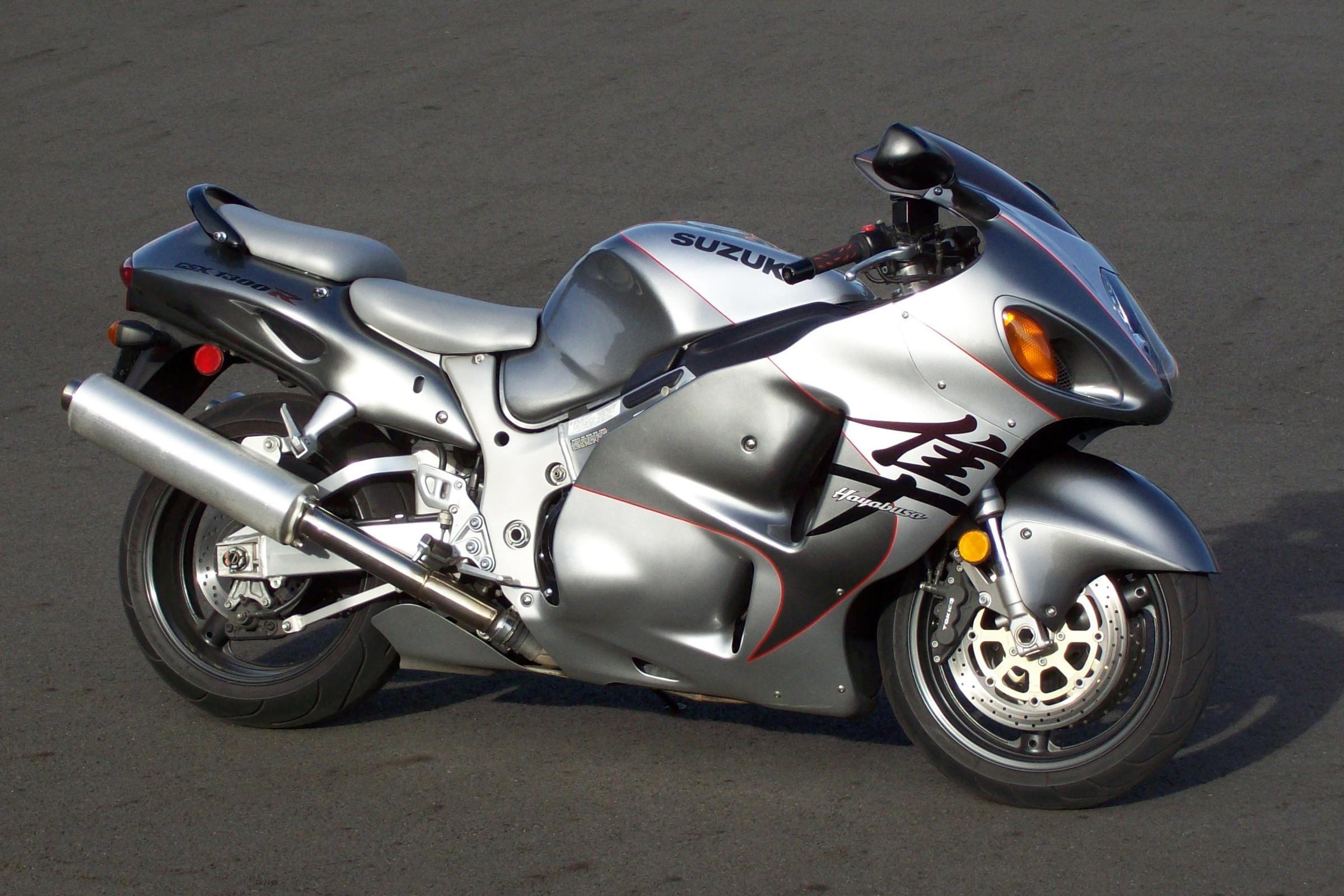 Самые крутые мотоциклы - Suzuki Hayabusa 1300R