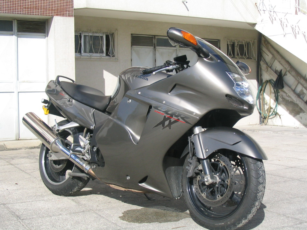 Самые крутые мотоциклы - Honda CBR1100XX