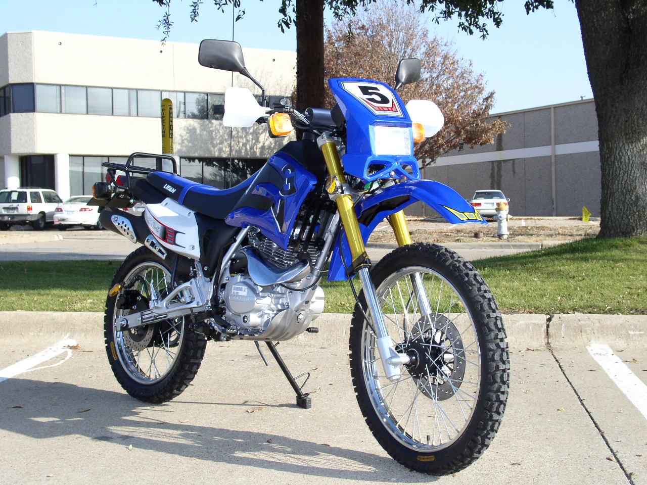 Мотоциклы Lifan LF200