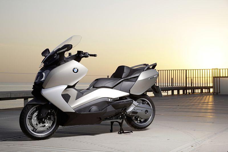 Скутер BMW фото