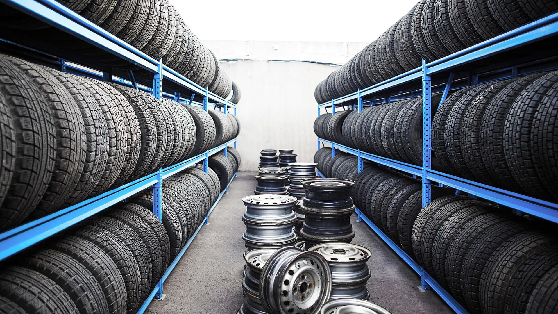 как правильно хранить колеса в гараже