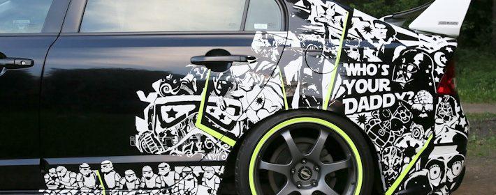 красивые наклейки на авто фото