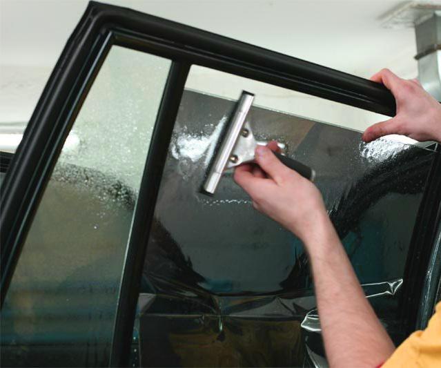 Тонирование боковых стекол автомобиля