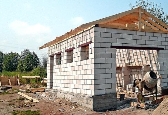 строим гараж своими руками из пеноблоков